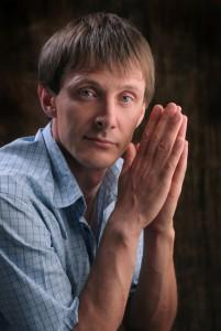 Илья Илатов